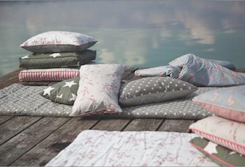 toiles cir es au m tre le blog d 39 aniline. Black Bedroom Furniture Sets. Home Design Ideas