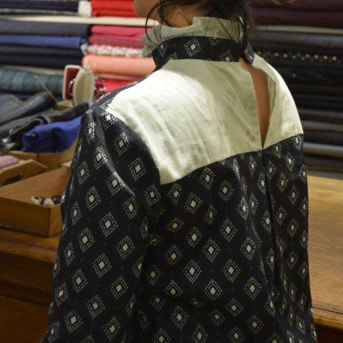 blouse dahlia dos porté